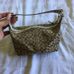 Authentic coach purse! Good condition!