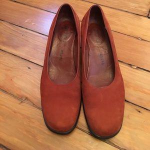 Arche Shoes - Arche rust-orange heels