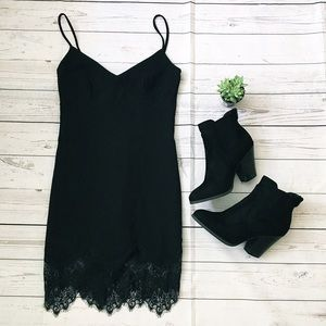 Stone Cold Fox Dresses & Skirts - Little Black Dress