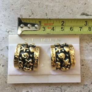 NWOT St. John gold & black enamel clipon earrings