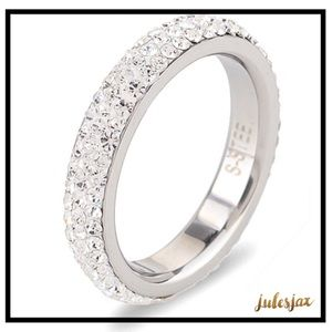 Jewelry - St. Steel pavé 3 row crystal ring band