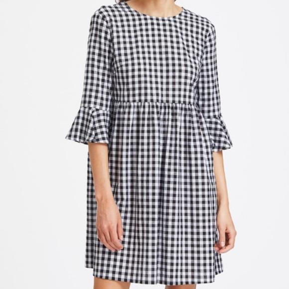 39% off Zara Dresses & Skirts