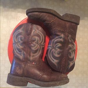 "Justin Boots Shoes - Justin ""gypsy"" size 7"