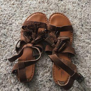 American eagle tassle sandal