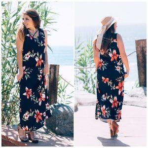 ❗️CLOSING SALE❗️Navy Criss Cross Floral Maxi Dress
