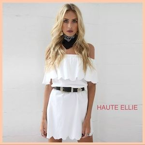Haute Ellie Dresses & Skirts - 🆕 Scallop Edge Off Shoulder Ruffle Dress