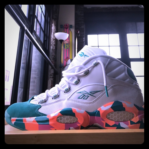 "276538055393 Reebok Question ""White Noise"". M 59443fc34e95a3c4a903b829"