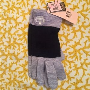 Juicy Couture Accessories - Juicy knit gloves