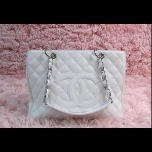 Authentic Chanel Gst Tote Shoulder Bag White