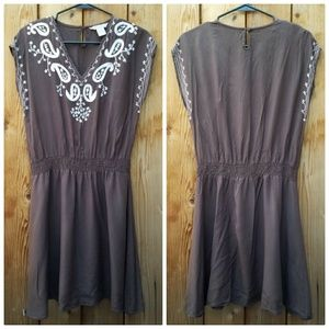 Fun & Flirt Dresses & Skirts - Fun & Flirt Brown White Embroidered Dress