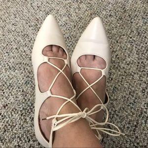 H&M Lace Up Flats Cream Size 7