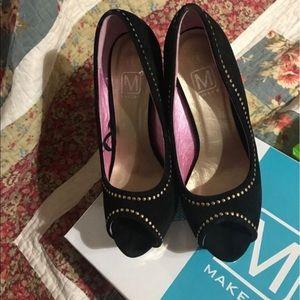 Makers of True Originals Shoes - Women pumps