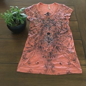 American Age Tops - Cute top fits like a small!