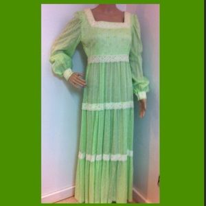 vintage Dresses & Skirts - 1970's green eyelet maxi dress