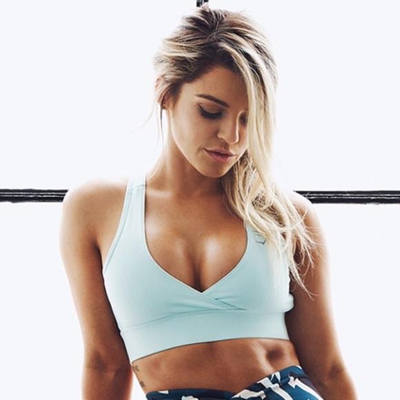 28553f1dc6 Nikki blackketter cross back sports bra gymshark NWT
