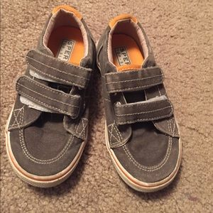 5/$20 sale! Sperry Halyard Velcro shoes