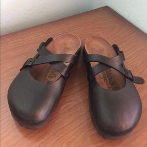 Birkenstock Shoes - ✨Birki's Birkenstick sandals! Adorable Style!🌟