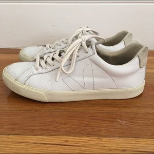Veja Shoes - Veja Esplar Leather Sneakers
