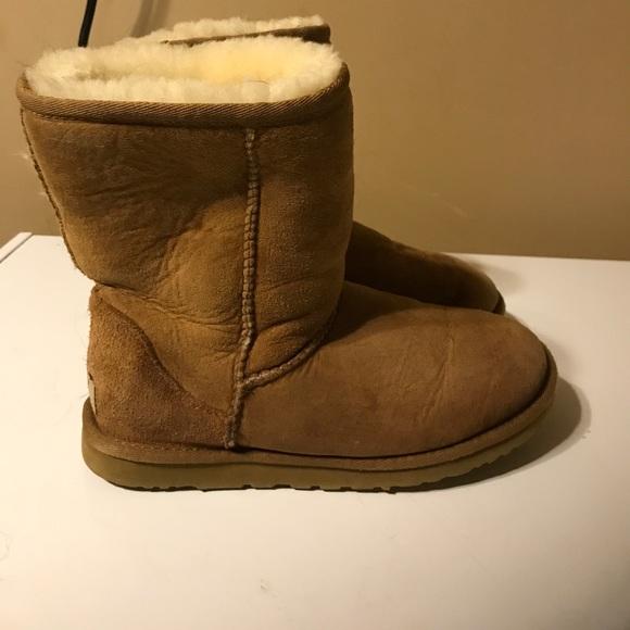 Ugg short boots in camel color