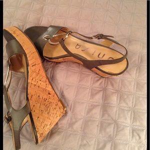 Unisa Shoes - UNISA Grey Wedges