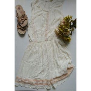 Copper Key Dresses & Skirts - 🆕Festival Peasant dress (Dillard's)