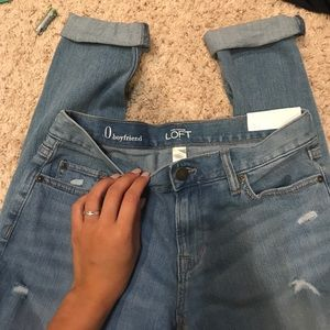 NEVER WORN BOYFRIEND JEANS