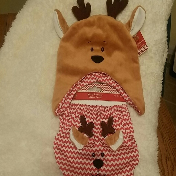 410b74f849af2 Baby Merry Reindeer Hat and Diaper Cover NWT