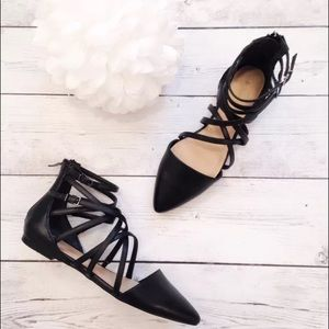 BCBGeneration Shoes - Like New Black Pointed Flat Shoes