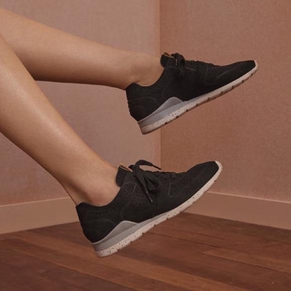 2c803276a9b Ugg Tye Women's Black Leather Sneakers
