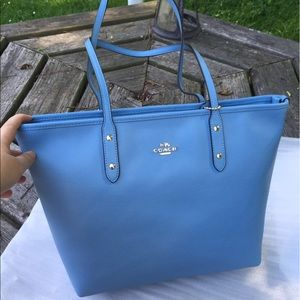 Coach brand new blue zipper tote