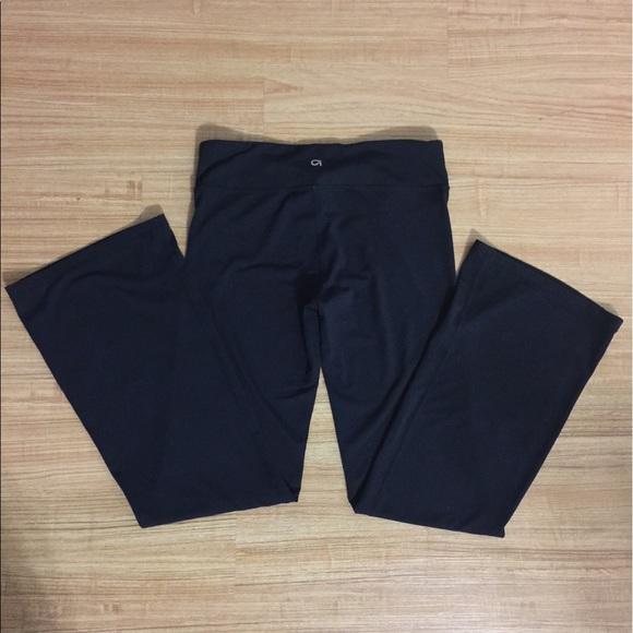Black Gap Fit Flared Yoga Pants