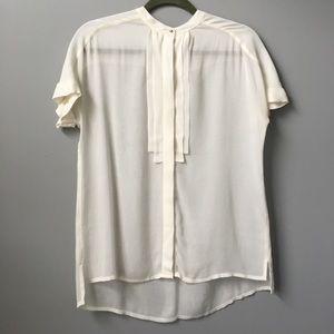 H&M off white blouse