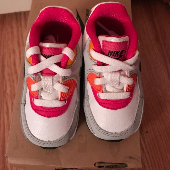 Razorback Converse Shoes