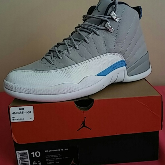 ac4dfe8aec8ec5 ... coupon code sold nike air jordan 12 retro wolf grey size 10 04feb f32e4