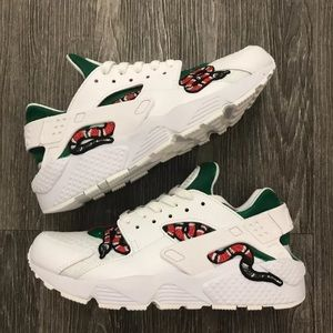 5705f88453ad Nike Shoes - Nike