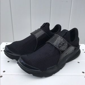 Nike Other - Nike Sock Dart