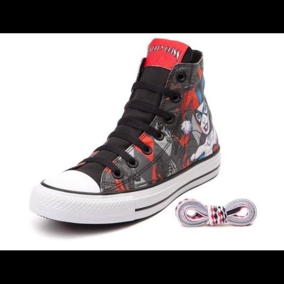 7a89fdc81dde Harley Quinn Converse All Star Chuck Taylor. M 5945510b2fd0b72fa906eb8a