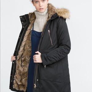 Zara Jackets & Blazers - ZARA JET BLACK PARKA WITH FUR LINING AND HOOD