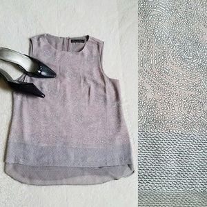 Rose & Olive Sleeveless layered top