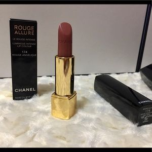 CHANEL Other - Chanel lipstick 😍!