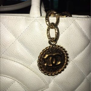 eafeea6304d0 CHANEL Bags - White Vintage Chanel Tote with Gold Medallion
