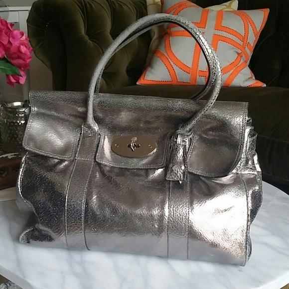 2fd28823eb Mulberrry cracked metallic leather Bayswater. M 594564a5ea3f364f42074c41