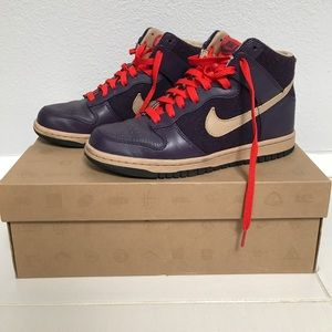Women's Nike Dunk High Sneaker size US 7