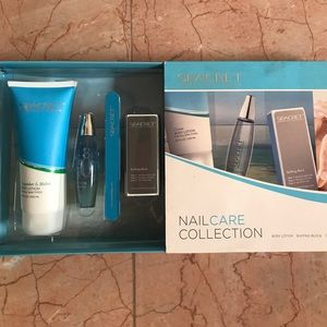"""Seacret-Minerals from the Dead Sea Makeup - BRAND NEW """"SEACRET"""" - NAIL"""
