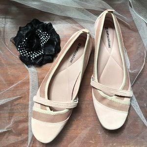 Naturalizer Shoes - Naturalizer Suede shoes size 10