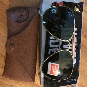 Ray-Ban Accessories - BRAND NEW AVIATOR RAY BANS‼️