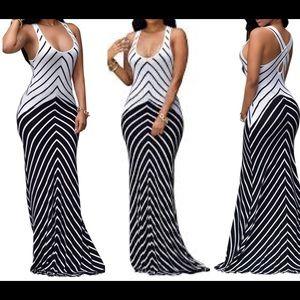 Dresses & Skirts - New White And Navy Stripe Keyhole Back Maxi Dress
