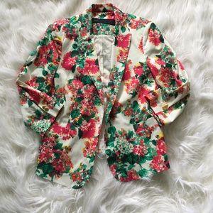 Zara Jackets & Blazers - NWOT Zara Floral Blazer