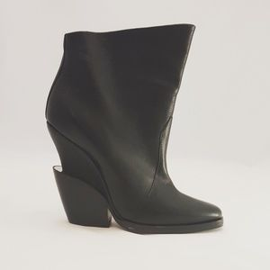 Theysken's Theory Shoes - {theysken's theory} booties