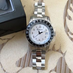 NWT Mercedes-Benz Watch